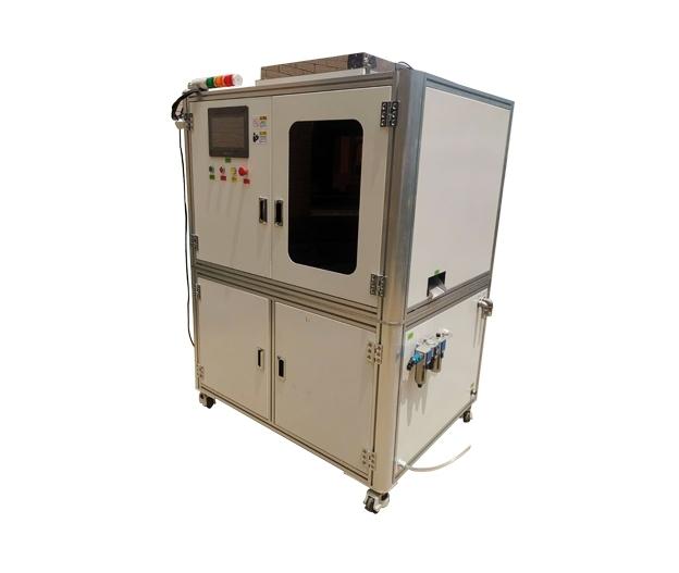全自动焊锡机除了机械手运动功用外,其首要仍是要结束焊锡作业,所以其中心部分除了焊接系统外,还有运动系统